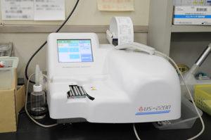 尿自動分析装置の写真