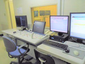 デジタルX線透視撮影台操作卓